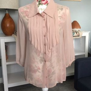 Beautiful pink blouse from Greylin, Size Small
